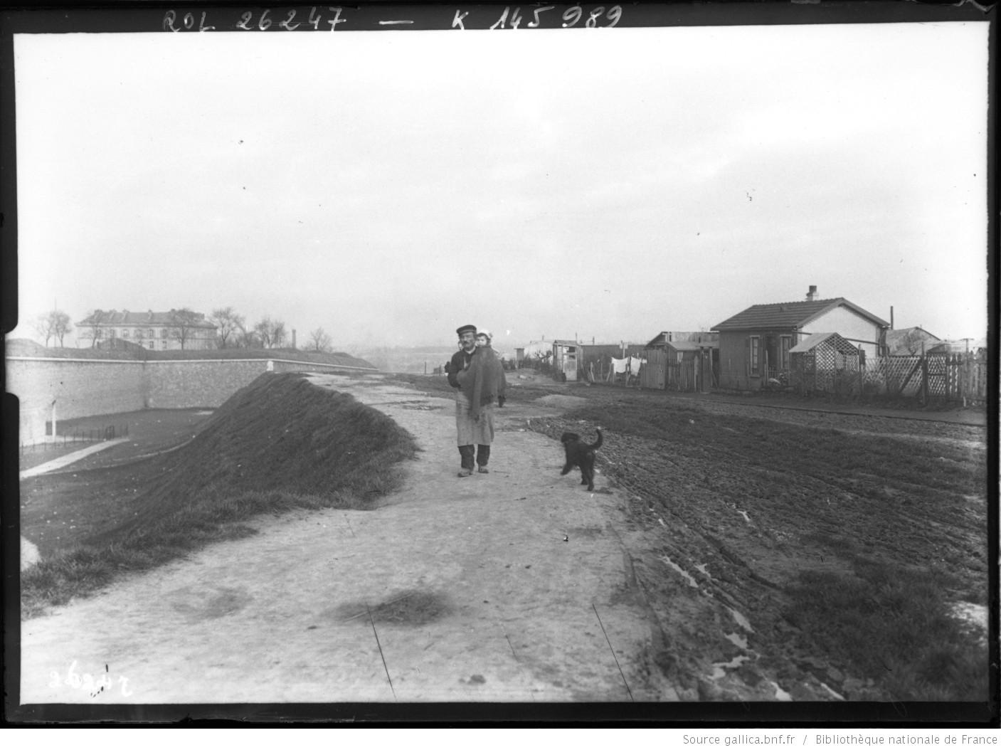Zoniers à la Porte d'Ivry 1913