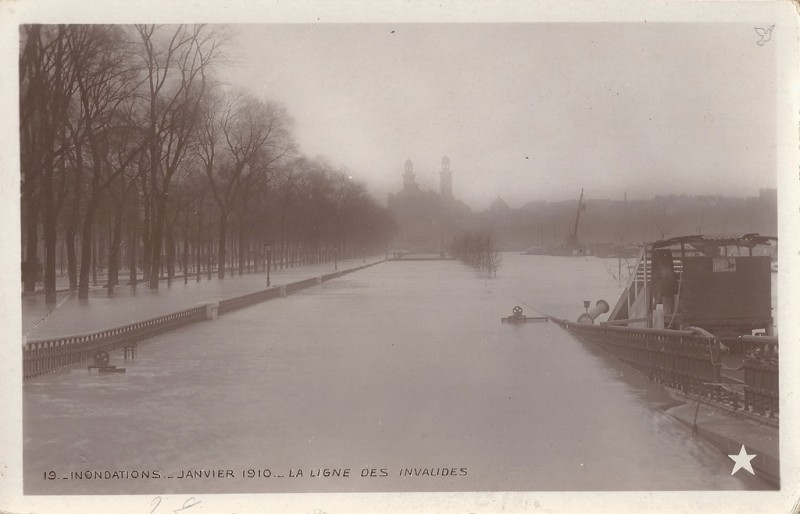 Chemin de fer des Invalides  - 1910 durant l'inondation
