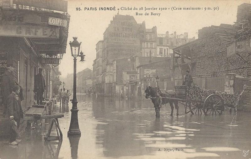 Rue de Bercy inondée