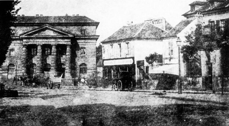 Barrière de Monceau Place Proper Gourbaux
