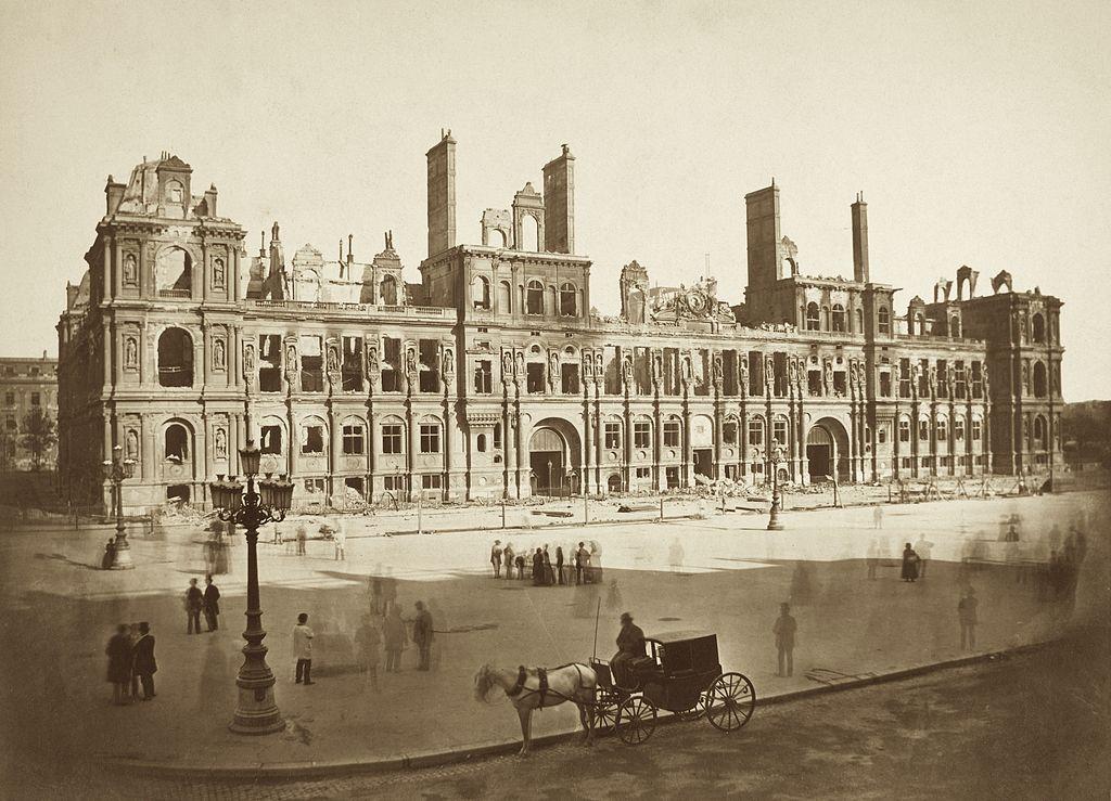 1871 l 39 incendie de l 39 h tel de ville paris unplugged - Hotel avec piscine pres de paris ...