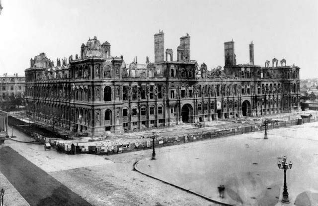 Hôtel de Ville - 1871