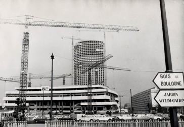 1973 – La construction du Palais des Congrès