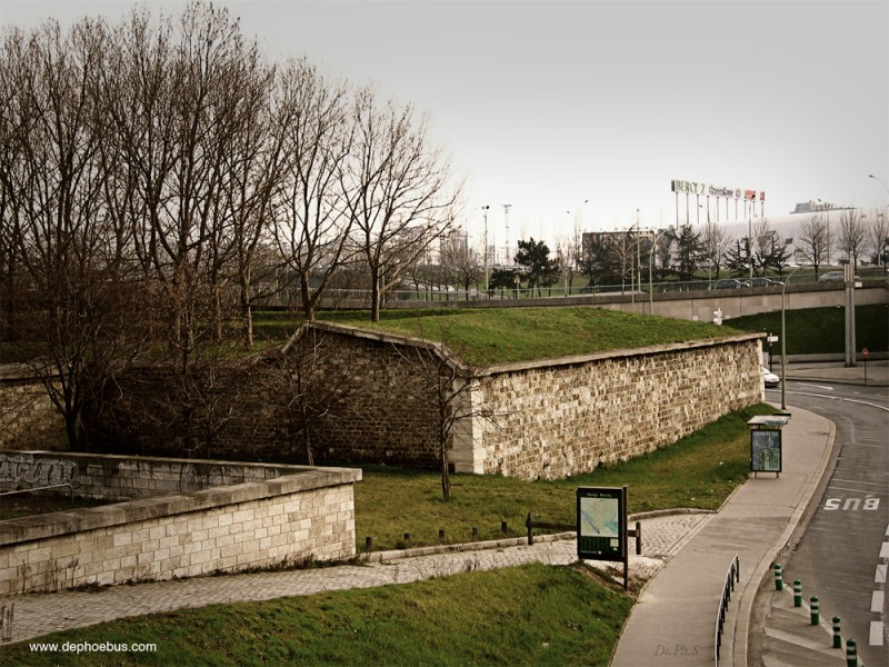 Bastion 1 -