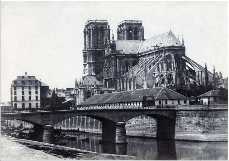 Notre Dame par François Alphonse Fortier