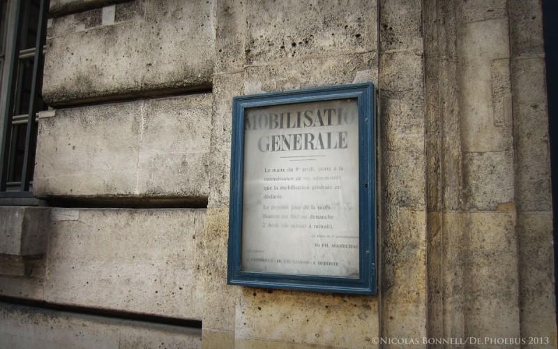 Rue Royale - ordre de mobilisation ©Nicolas Bonnell / De.Phoebus 2013