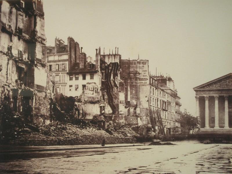 1871 - Rue Royale après les affrontements de la Commune