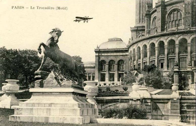 Cheval à la herse avant 1937