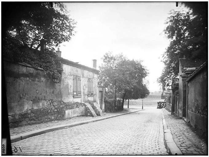 Rue du Pré Saint Gervais - Eugène Atget