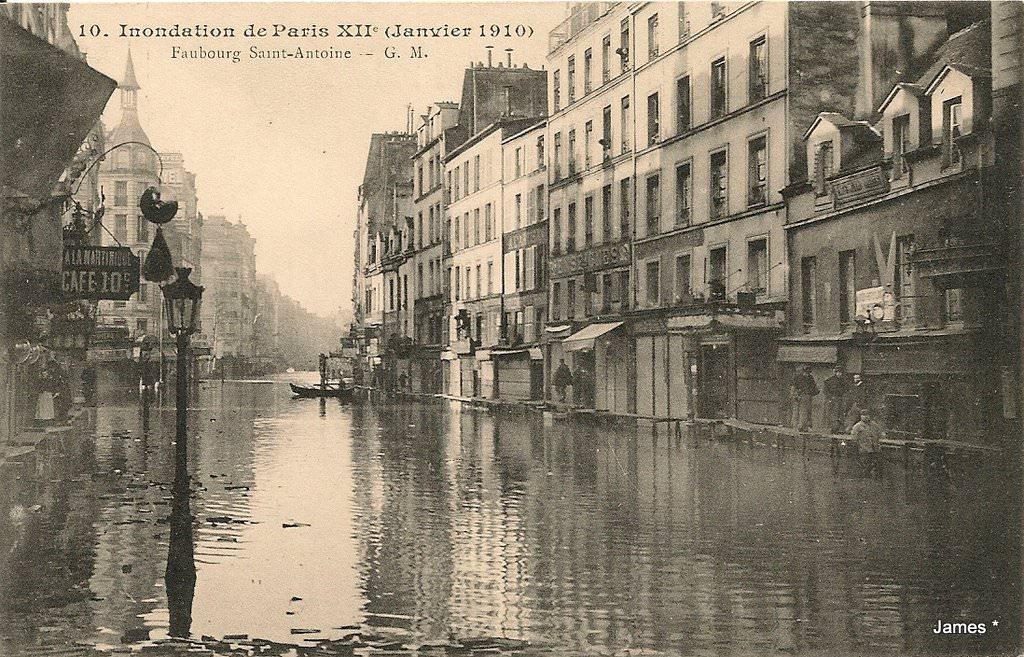 1349248315-Paris-Inondations-1910-Faub.St.-Antoine