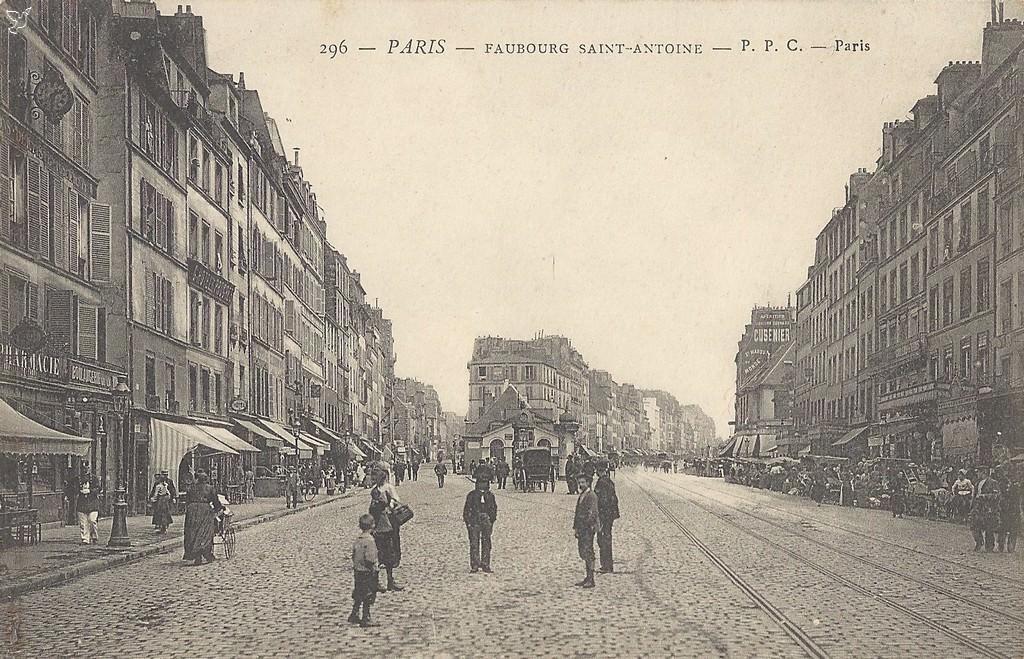 1900 le faubourg saint antoine paris unplugged. Black Bedroom Furniture Sets. Home Design Ideas
