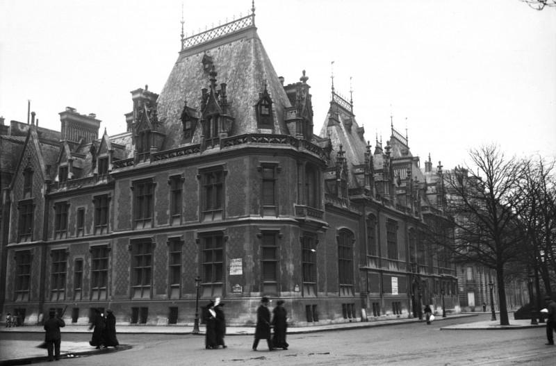 Hôtel_Gaillard,_Paris,_1913