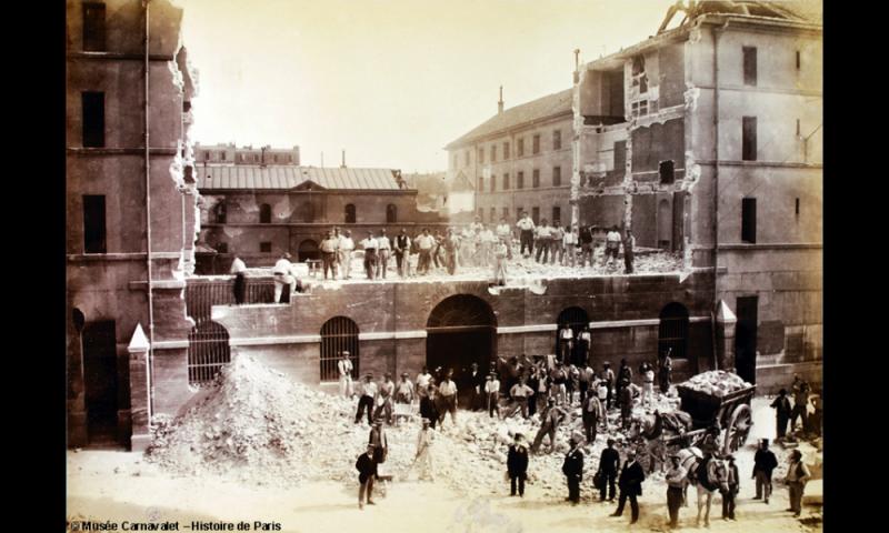 Démolition de la Grande Roquette vers 1900 (©Musée Carnavalet)