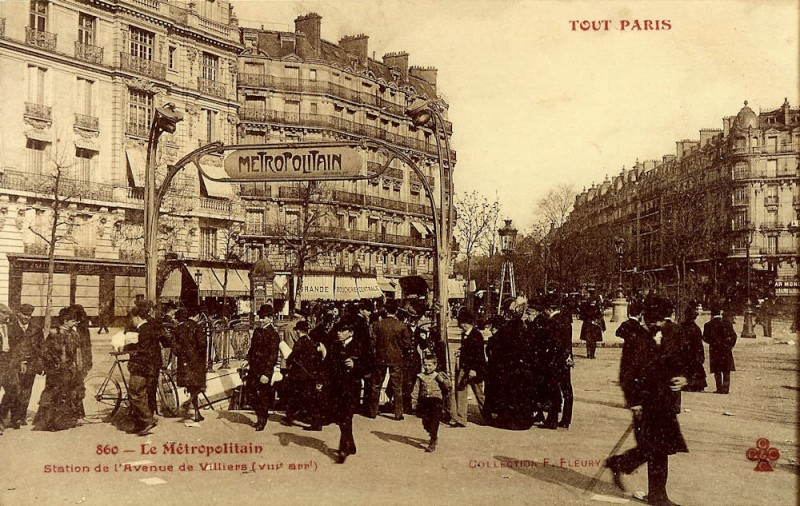 1321128158-Paris-Metro-Station-Villiers-2-JPR
