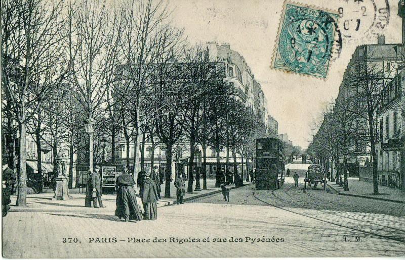 Place_des_Rigoles_et_rue_des_Pyrénées