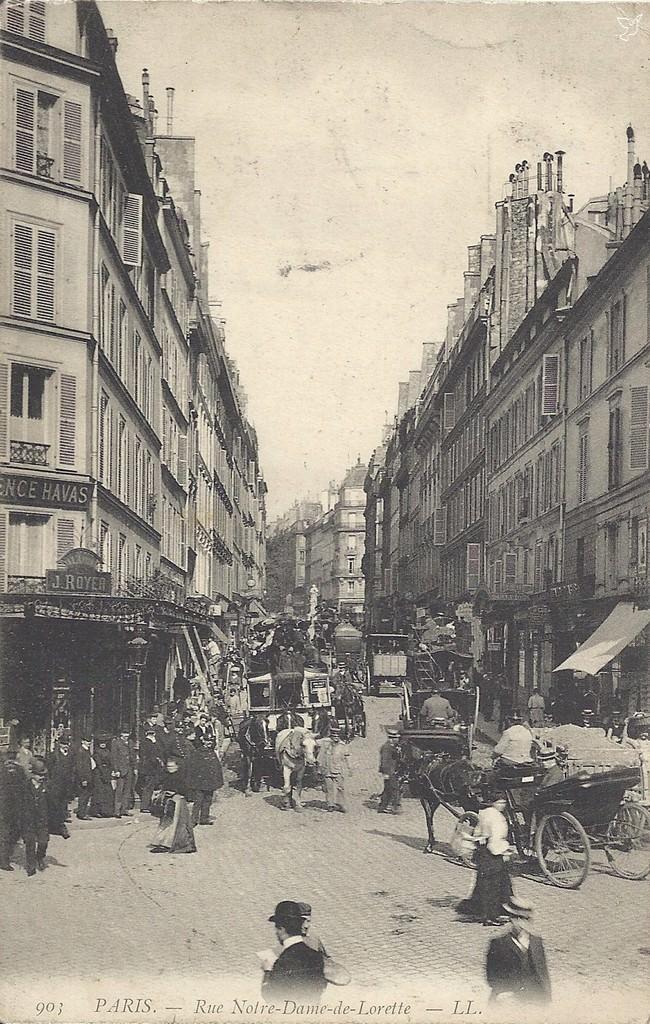 1321902556-Paris-903-LL