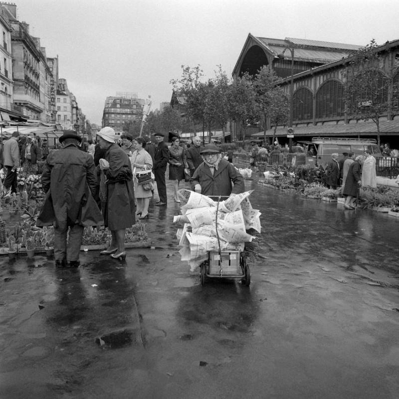 Marché aux fleurs des Halles de Paris 1967 © Aimé Dartus / Ina