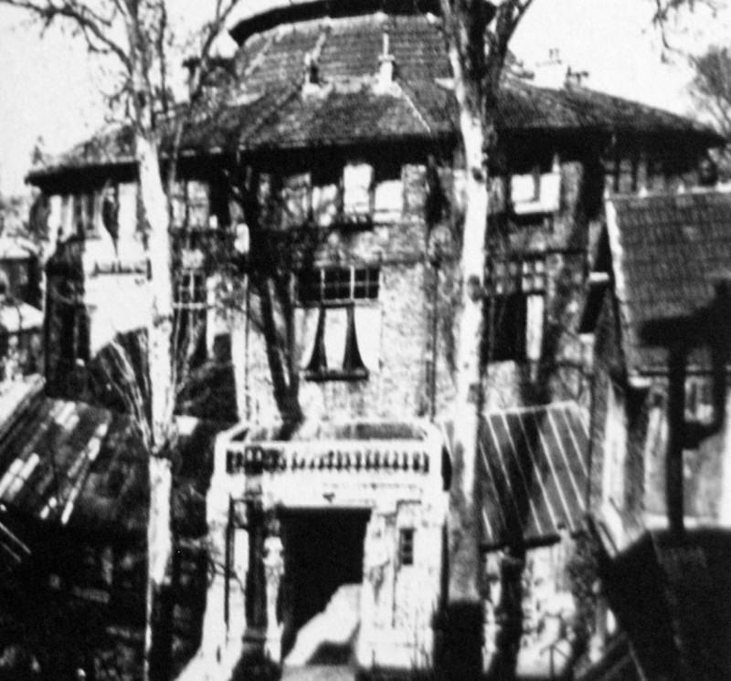 La-ruche-2-montparnasse-paris-1918-amedeo-modigliani