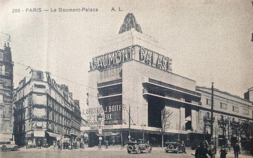 Gaumont-Palace_avec_sa_nouvelle_façade_créée_en_1931