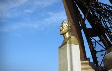Paris 07 – Le buste d'Eiffel